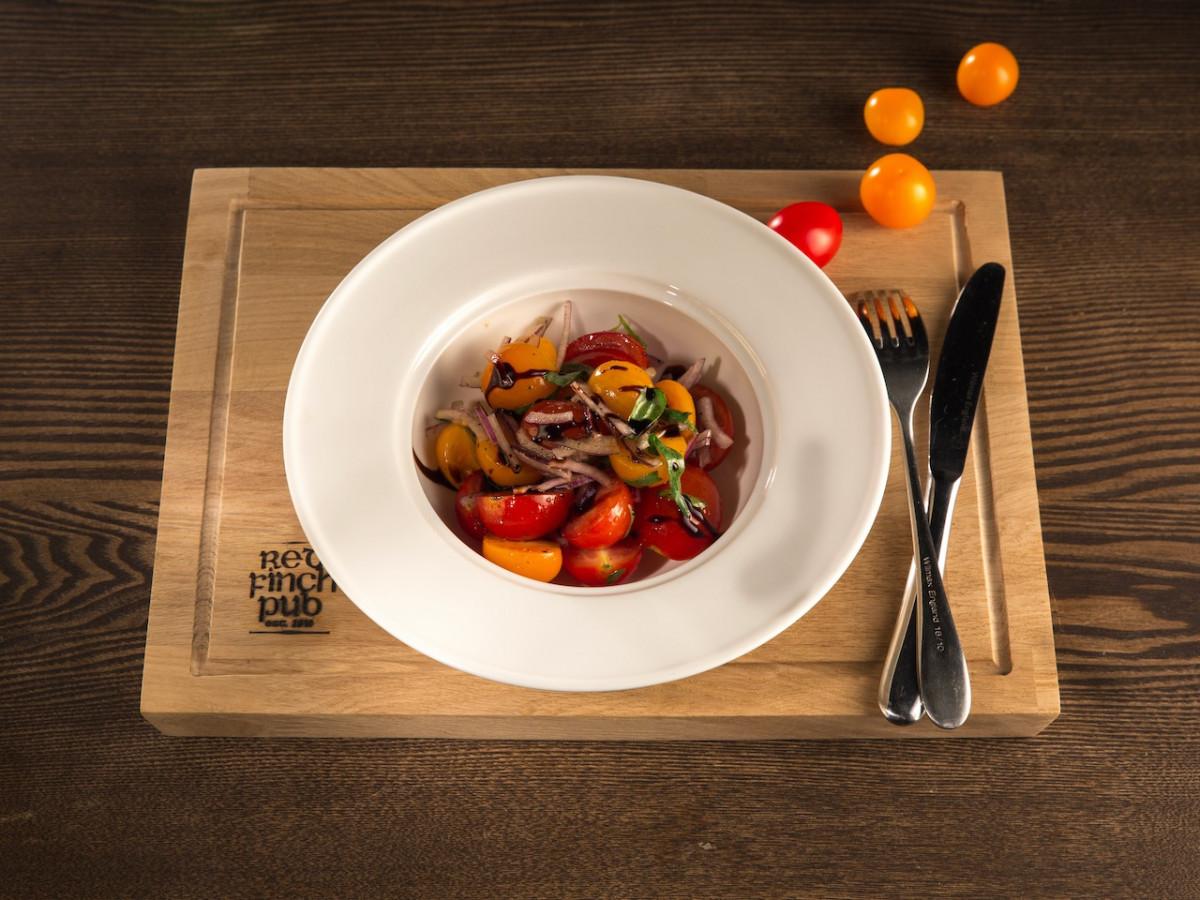 Салат из помидоров red finch